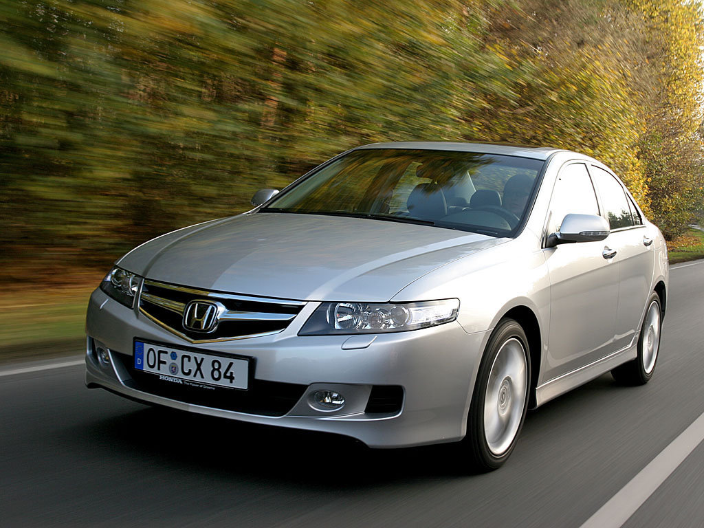чехлы на сиденья из экокожи Honda Accord 2002-2008